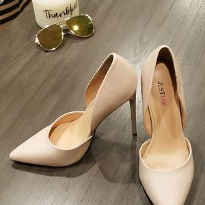 Just Fab nude-cream pumps size 8.5